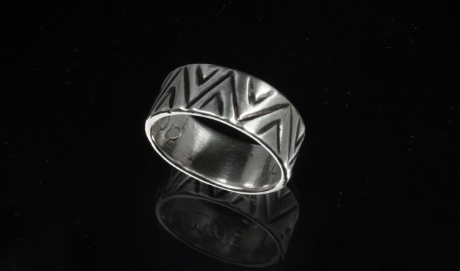 Mountains Valleys Ring